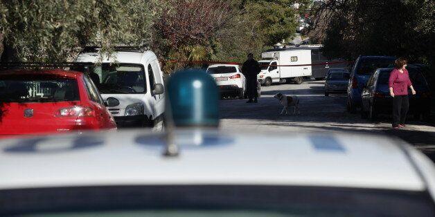 Στο τμήμα οικονομικών του δήμου Πειραιά δούλευε ο 48χρονος που βρέθηκε νεκρός μέσα στο σπίτι