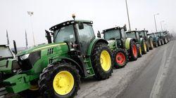 Συνεχίζονται οι κινητοποιήσεις των αγροτών. Ποιοι δρόμοι παραμένουν
