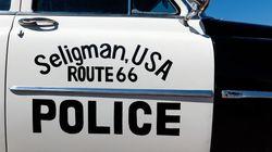 Μόνο στις ΗΠΑ: Ένοπλος πολίτης σώζει την ζωή αστυνομικού από άλλον ένοπλο