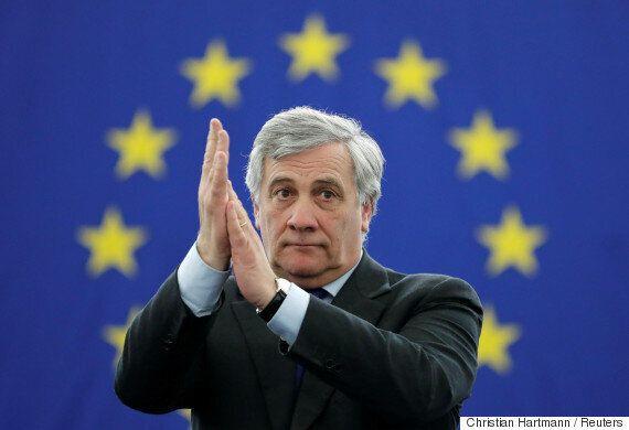 Ο Αντόνιο Ταγιάνι του ΕΛΚ εξελέγη πρόεδρος του Ευρωπαϊκού Κοινοβουλίου στον τελευταίο γύρο της