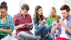 Να πόσες ώρες μπορούν να περνάνε οι έφηβοι σε υπολογιστές και κινητά, χωρίς να κάνουν κακό στον εαυτό