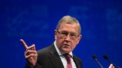 Ρέγκλινγκ: Η μη συμμετοχή του ΔΝΤ στο ελληνικό πρόγραμμα, θα απαιτούσε την έγκριση της γερμανικής