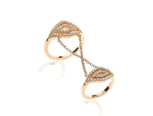 La Vie: Δύο αδερφές δημιουργούν μοναδικά κοσμήματα για γυναίκες από την Ελλάδα μέχρι τον
