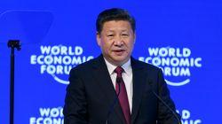 Ο Σι Τσινπίνγκ προασπίστηκε την παγκοσμιοποίηση από το
