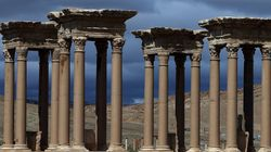 Οι τζιχαντιστές του ISIS κατέστρεψαν το Τετράπυλον και ρωμαϊκό αμφιθέατρο στην