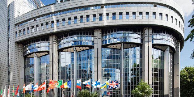 Το Ευρωπαϊκό Κοινοβούλιο εκλέγει νέο πρόεδρο. Επτά υποψήφιοι μεταξύ των οποίων Πιτέλα, Φερχόφστατ,