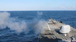 Προειδοποιητικά πυρά από αμερικανικό πολεμικό κατά ιρανικών σκαφών στα Στενά του