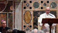 Ο πάπας επαινεί Ελλάδα, Ιταλία, Γερμανία και Σουηδία για τις πολιτικές υπέρ της υποδοχής