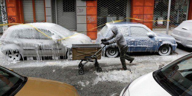 Έρχεται νέο κύμα χιονιά. Επί ποδός η κρατική