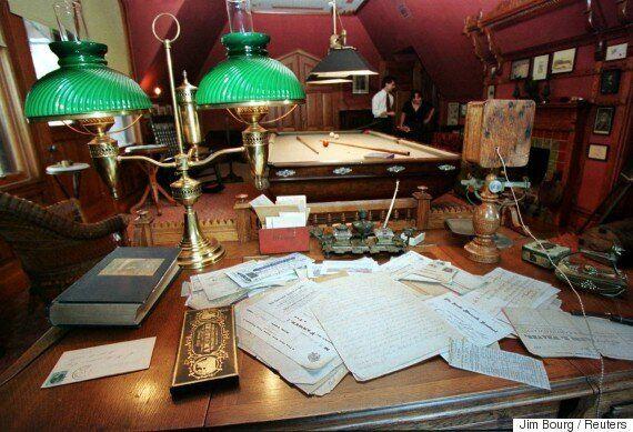 Η προσωπική βιβλιοθήκη του Mark Twain θα είναι ανοιχτή για όποιον συγγραφεά αναζητά