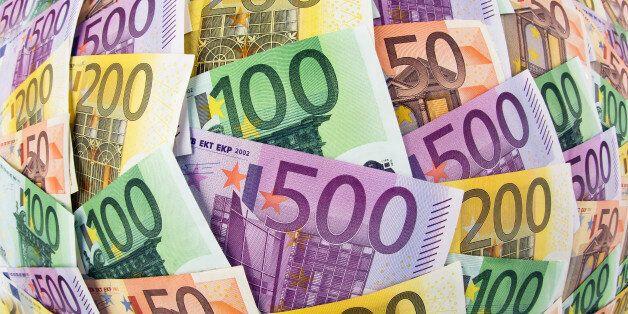 (GERMANY OUT) Viele verschiedene Euro Geldscheine. Symbolfoto für Reichtum und Geldanlage (Photo by...