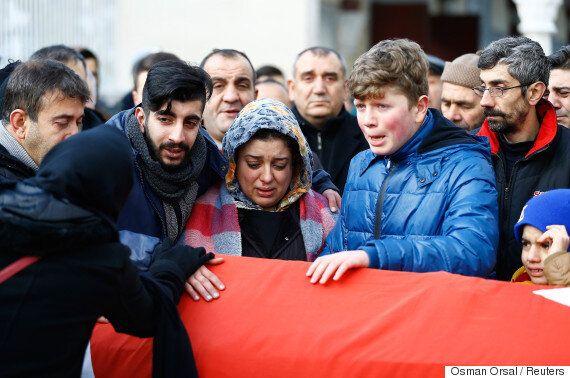 Η Τουρκία πενθεί και οι αρχές αναζητούν τον δράστη της επίθεσης στο νυχτερινό κέντρο της