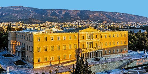 Αθήνα: Ζαφειρόπετρα στης γης το