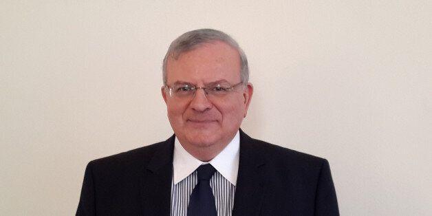 Συνεχίζεται η κινητοποίηση του ΥΠΕΞ για την υπόθεση του Έλληνα πρεσβευτή στη Βραζιλία. Δεν έχει ταυτοποιηθεί...