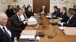 Τσίπρας καλεί κατ' ιδίαν πολιτικούς αρχηγούς για το Κυπριακό στις 9