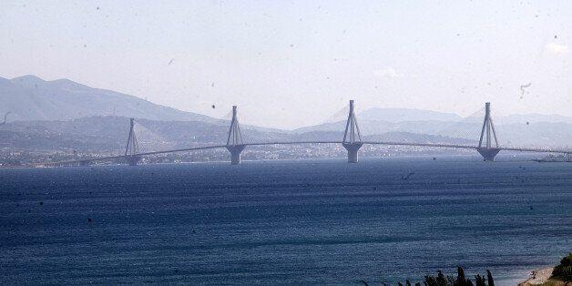 Στην 31χρονη που είχε πέσει από τη γέφυρα του Ρίου ανήκει η σορός που εντοπίστηκε στη Λακκόπετρα κάτω