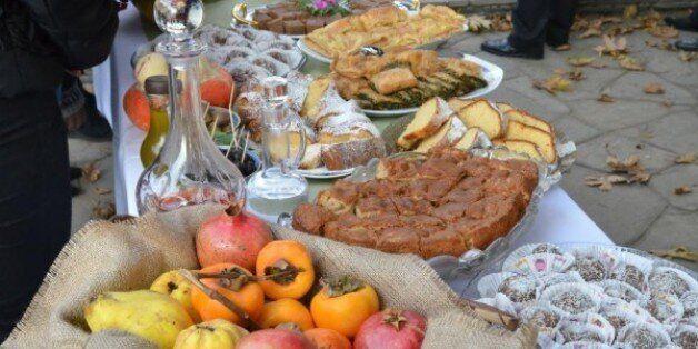 Αφιέρωμα στην προ του Άθω περιοχή: Η παραδοσιακή κουζίνα με την τεράστια ποικιλία