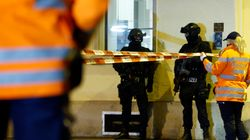 Αιματηρή επίθεση στο ισλαμικό κέντρο στην