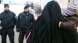 Γιατί η Μέρκελ θέλει να απαγορεύσει την μπούρκα στη Γερμανία; Σε ποιες άλλες ευρωπαϊκές χώρες έχει