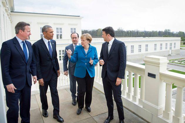 Ρέντσι, Ολάντ, Κάμερον, Ομπάμα... Ή αλλιώς η viral συλλεκτική φωτογραφία με τους ηγέτες που μας «τέλειωσαν»...