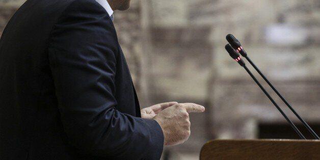 Η απάντηση της Κουμουνδούρου για τα περί σύνδεσης ΣΥΡΙΖΑ-Χρυσής
