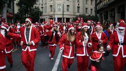 Athens Santa Run: Η Αθήνα «πλημμύρισε» από Άγιους Βασίληδες