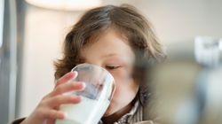 Το γάλα είχε τη δική του ιστορία: Πώς από τον γαλατά της γειτονιάς έφτασε σε κάθε γωνιά της