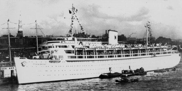 ** ARCHIV ** Das Kreuzfahrtschiff Wilhelm Gustloff auf einer Aufnahme aus den 1930er Jahren. Das ZDF...