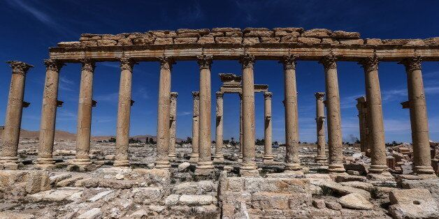 PALMYRA, SYRIA - APRIL 3, 2016: The Great Colonnade in the ancient city of Palmyra, a UNESCO world heritage...