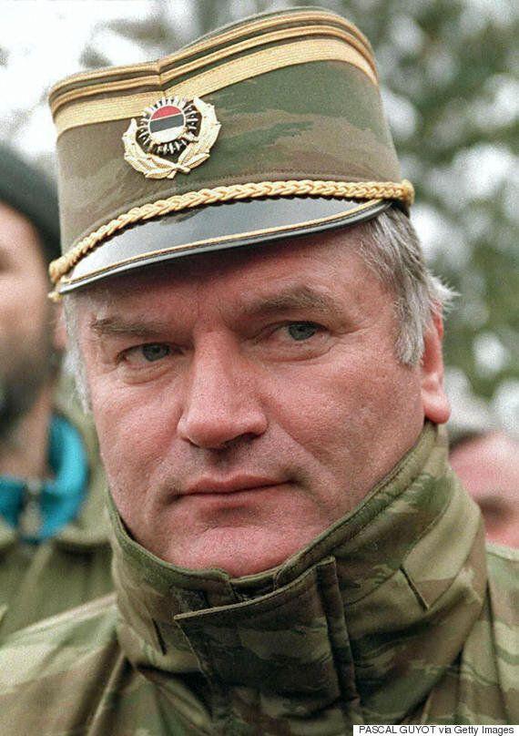 Χάγη: «Κεντρικός» ο ρόλος του Ράτκο Μλάντιτς στη σφαγή της Σρεμπρένιτσα υποστηρίζουν οι