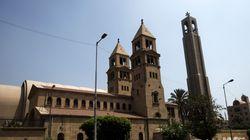 «Μαύρη» Κυριακή στην Αίγυπτο. Αιματηρή βομβιστική επίθεση μέσα στον καθεδρικό ναό των κοπτών στο