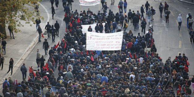 Επεισόδια στη Νομική. Στους δρόμους μαθητές, φοιτητές και συλλογικότητες για τα 8 χρόνια από τη δολοφονία