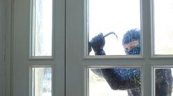 Εξιχνιάστηκε διάρρηξη με λεία-μαμούθ στη Βούλα. Η οικιακή βοηθός ήταν ο «δούρειος