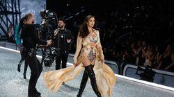 Το styling της Irina Shayk στο show της Victoria Secret πρόδωσε την εγκυμοσύνη