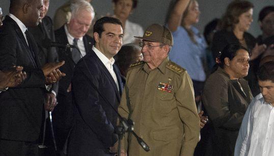 Επικήδειος Τσίπρα για τον Κάστρο: «Αποχαιρετούμε τον Φιντέλ των φτωχών και