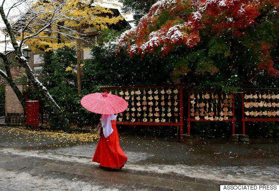 Νιφάδες χιονιού είδε το Τόκιο έπειτα από 54