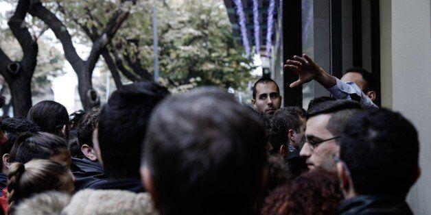 Black Friday: Τι δείχνει η έρευνα της ΕΣΕΕ σε 17
