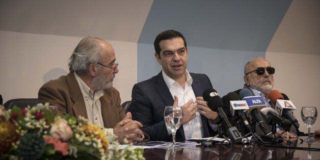 Τσίπρας από τη Θράκη: Η δεύτερη αξιολόγηση θα κλείσει χωρίς υποχωρήσεις αρχών στα εργασιακά και χωρίς...