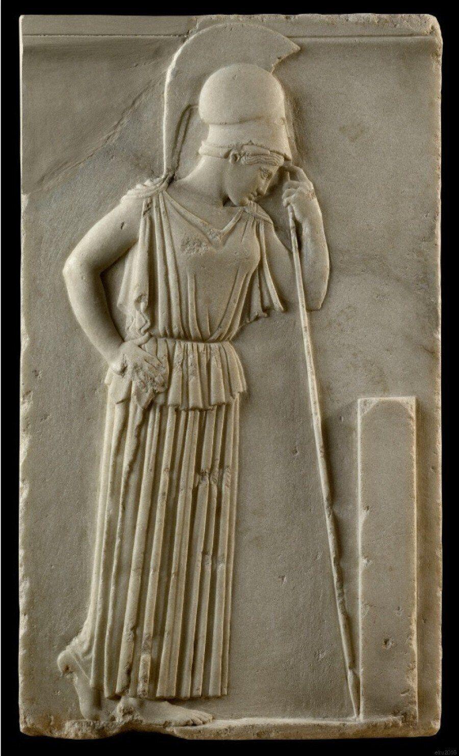 Οι Θεοί και οι Ήρωες των Αρχαίων Ελλήνων καταλαμβάνουν την Κόκκινη Πλατεία της