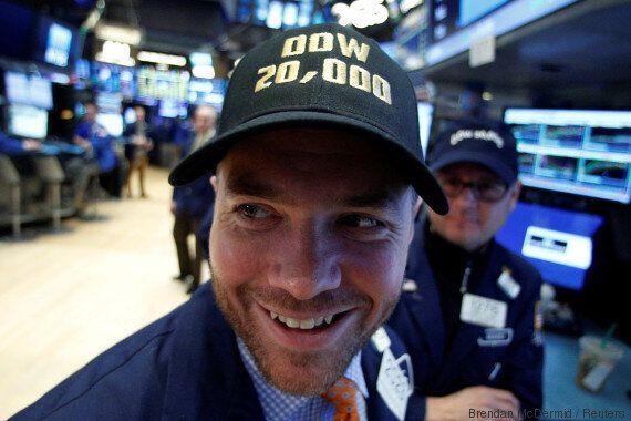 Dopé par Trump, le Dow Jones déjoue les pronostics et passe les 20 000 points