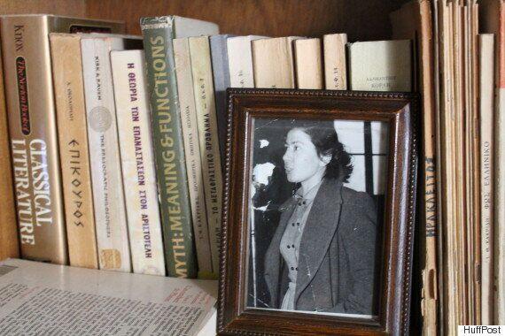 Ο γιος του ανθρώπου με το γαρύφαλλο, Νίκος Μπελογιάννης μιλά στη HuffPost Greece: «Δεν πούλησα την ψυχή...