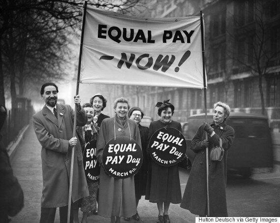 Οι γυναίκες στη Βρετανία καλούνται να φύγουν σήμερα από τις δουλειές τους και να επιστρέψουν τον Ιανουάριο...