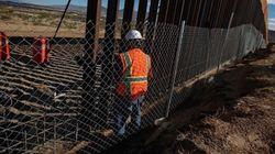 Τραμπ: Το τείχος στα σύνορα με το Μεξικό σε κάποια σημεία θα μπορούσε να είναι