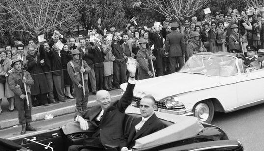 Από τον Αϊζενχάουερ έως τον Κλίντον: Οι επισκέψεις των προέδρων των ΗΠΑ στην