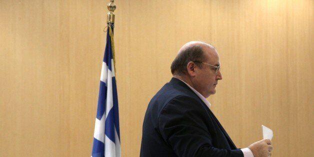 Με αιχμές κατά Τσίπρα και Ιερώνυμου η αποχώρηση Φίλη από το υπουργείο Παιδείας: Το «άριστα 20» έγινε...