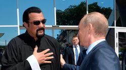 Ο Πούτιν δίνει στον Στίβεν Σιγκάλ τη ρωσική υπηκοότητα που τόσο πολύ