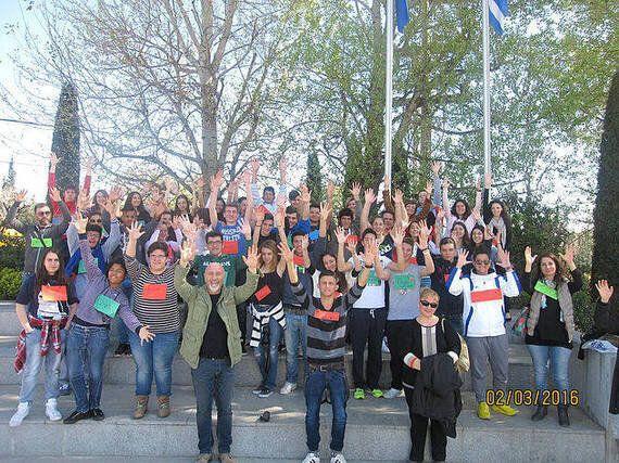 StepForward: Ένα επιχειρηματικό βήμα μπροστά από μαθητές