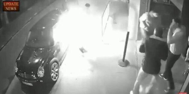 Βίντεο φέρεται να δείχνει ηλεκτρονικό τσιγάρο να εκρήγνυται στην τσέπη του κατόχου