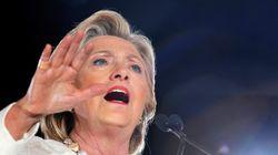 Στην αντεπίθεση η Χίλαρι. Ζητά από το FBI δημοσιοποίηση στοιχείων για σχέσεις
