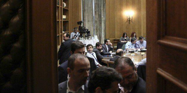 «Δεν πέφτουμε από τα σύννεφα για τη θέση του ESM» σχολιάζουν κυβερνητικά στελέχη για τη δήλωση